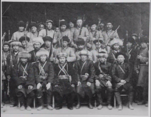 Army_officers_of_the_Islamic_Republic_of_East_Turkistan