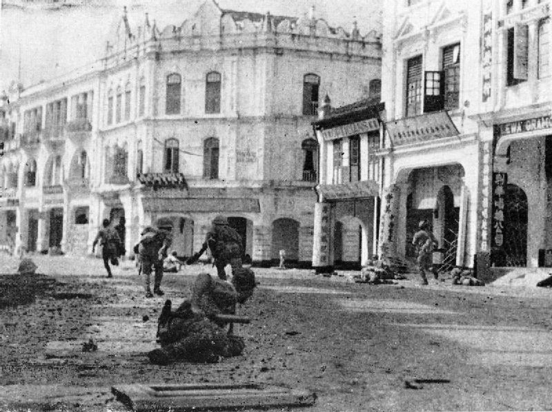 Japanese_troops_mopping_up_in_Kuala_Lumpur