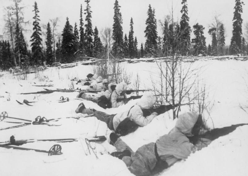 Finlandia - tropas esquiadoras