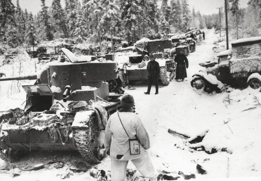 Tanques soviéticos destruídos